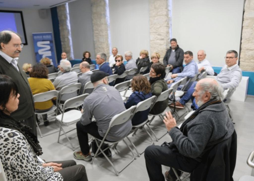 """Presentación del libro """"Lo que el Ebro se llevó"""" Miguel Calvo"""
